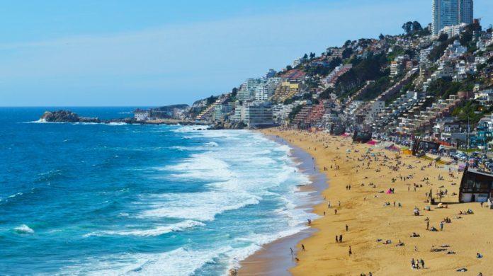 Best Cities Near the Pacific Ocean for Water Activities