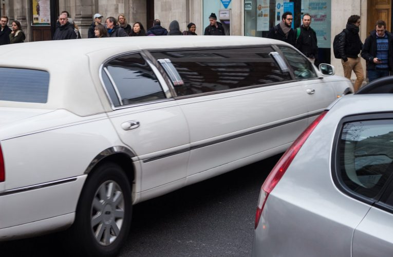 Why Consider Limo Services For Your Trip