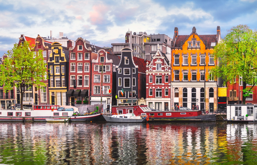 Amsterdam Travel: 5 Can't-Miss Places to Visit in Amsterdam